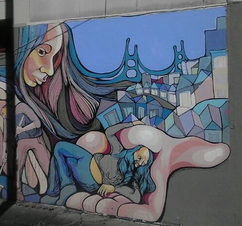 SF lady holding hand mural Cunningham Place Valencia